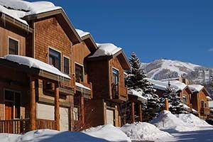 Mountain Resorts - Excellent Lodging Values! :: Your Steamboat vacation starts here! Offering a variety of lodging options surrounding the ski area. Studios to 7 beds, affordable to indulgent. Vacation packages available!