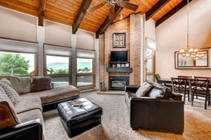 Resort Lodging Company :: A locally owned management company in Steamboat dedicated to providing the best vacation for our guests. Choose your favorite condo from our selection online or call us today.